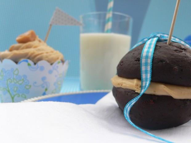 Schoko Whoopie und Karamell Cupcake