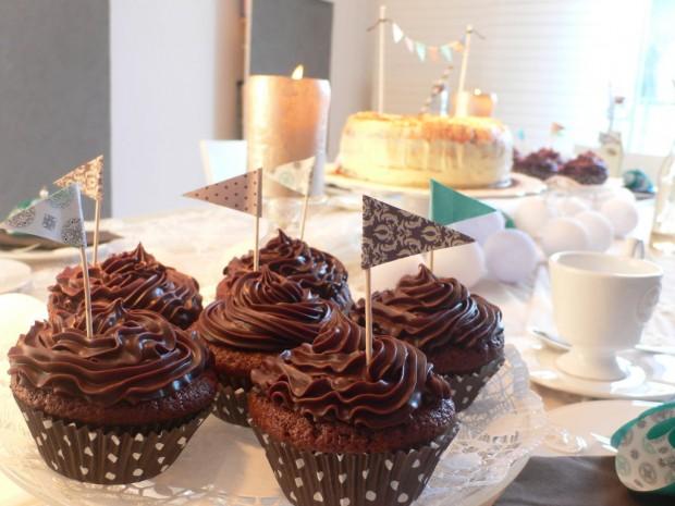 Schoko-Ganache Cupcakes und Guiness Kuchen