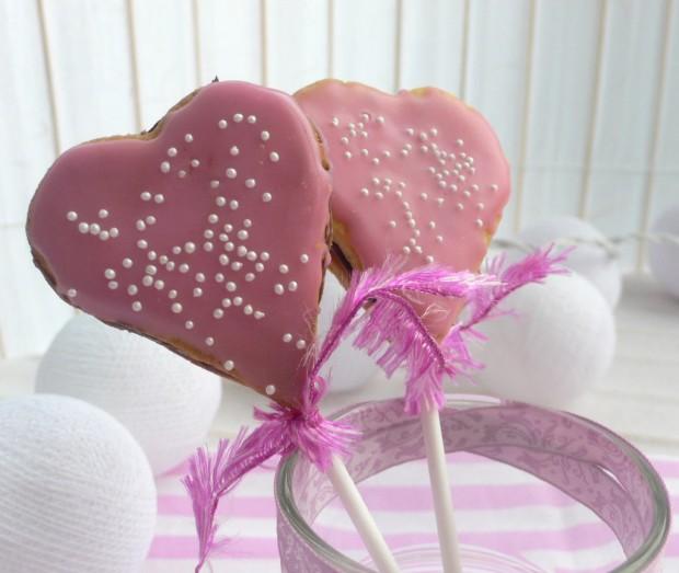 Erdbeer-Nutella-Keks-Lolllies