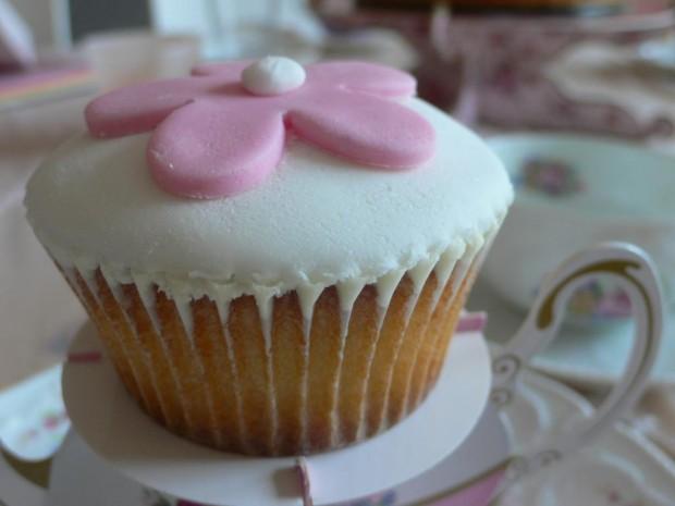 Cupcake mit Fondantüberzug