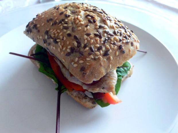 Putensandwich mit Sauerampfer